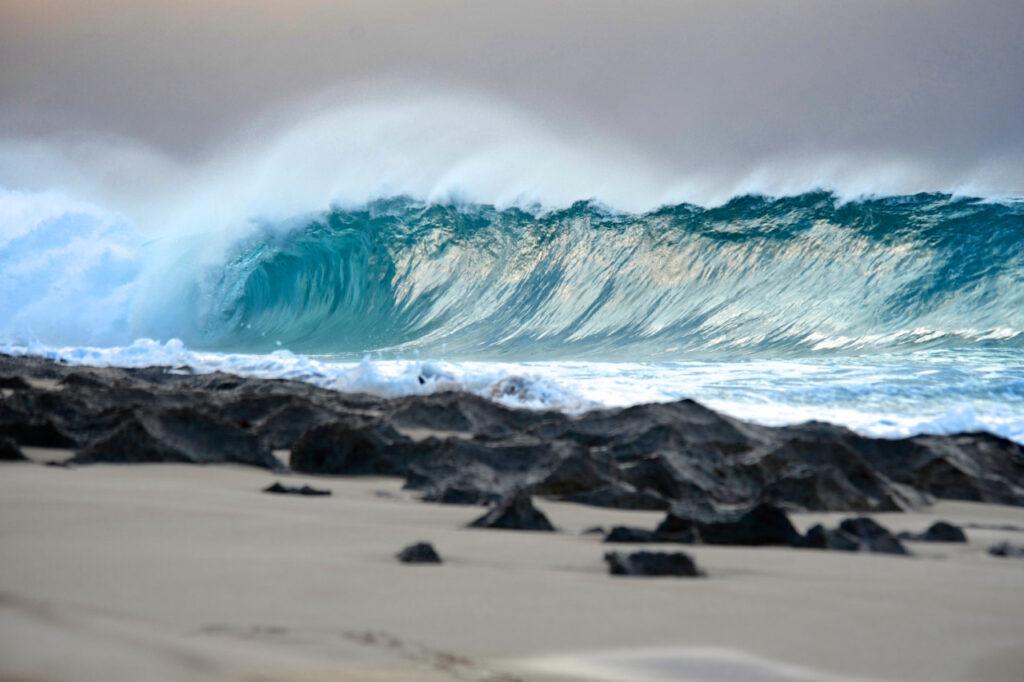 Ke Iki Beach Shore Break North Shore Oahu Hawaii